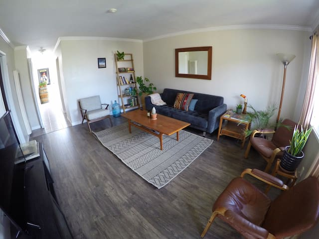 Spacious Apartment Close to beach, feels like home - Redondo Beach - Apartment
