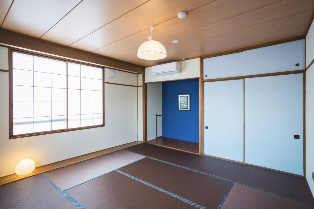 Japanese room with tatami mat