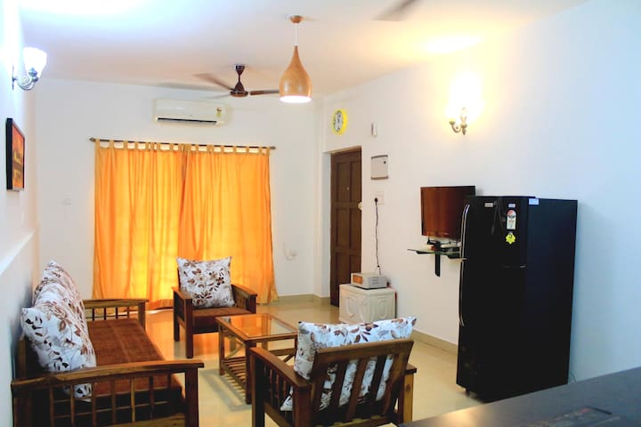 ❤ Splendid ❤ 1BHK With Wi-Fi Near Candolim Beach
