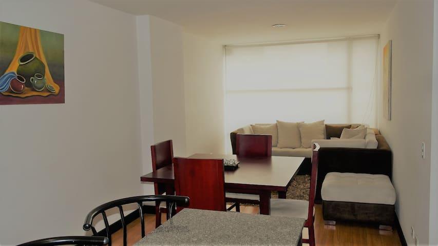 Moderno departamento 100% equipado, cerca de todo - Quito - Apartment