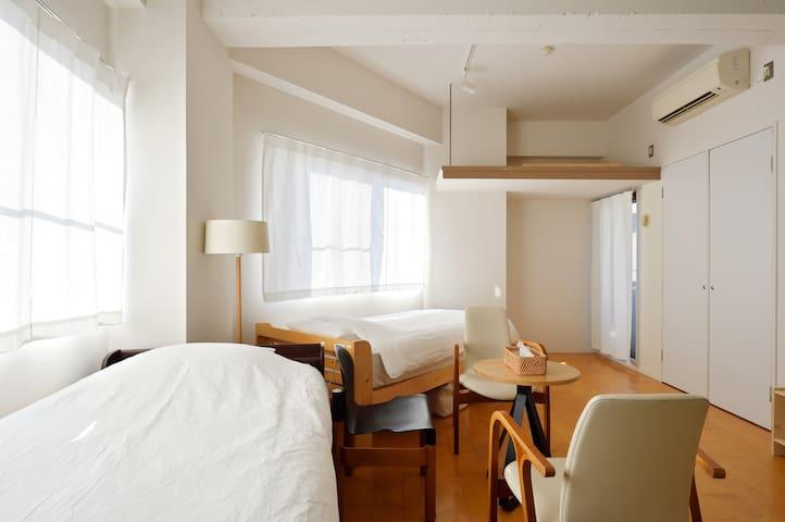 Explore Nihonbashi Dotonbori Namba - Osaka - Apartment