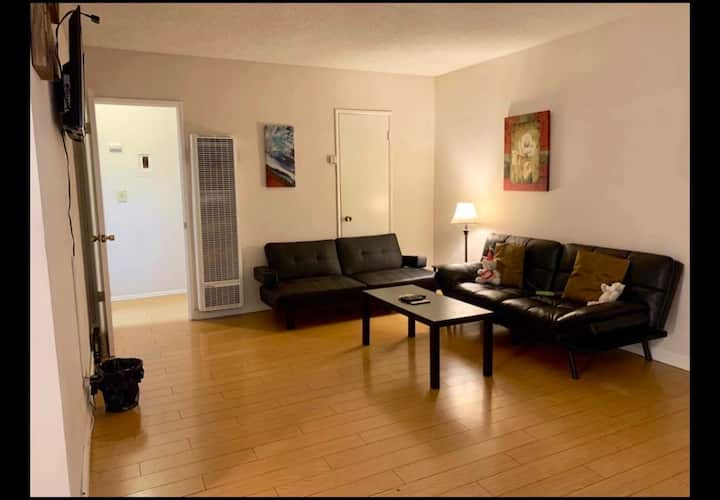Your place to stay in North Hollywood