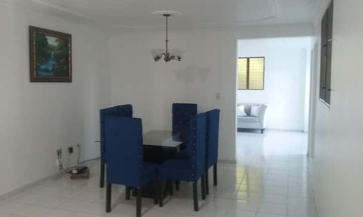 Amplio y cómodo apartamento en la ciudad corazón