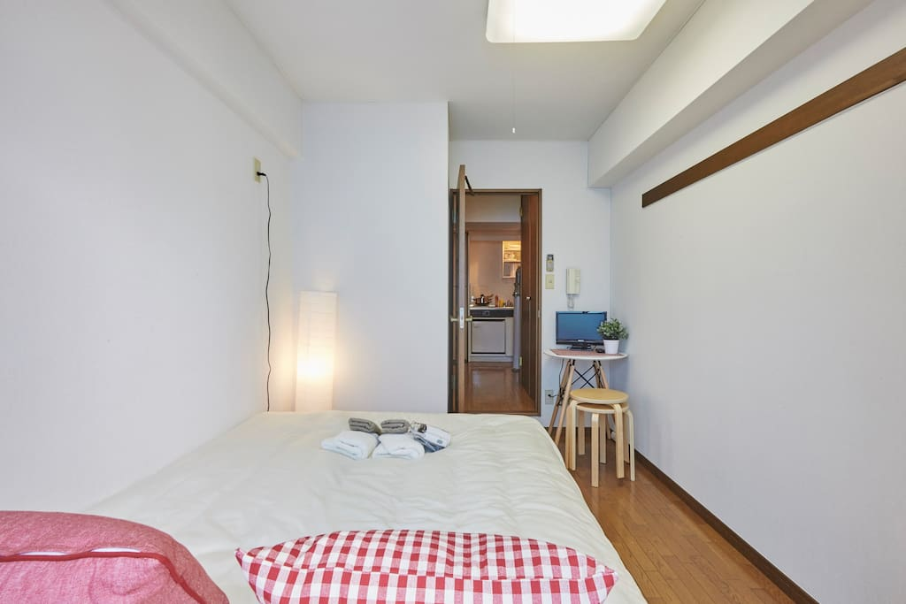 Bright and compact room