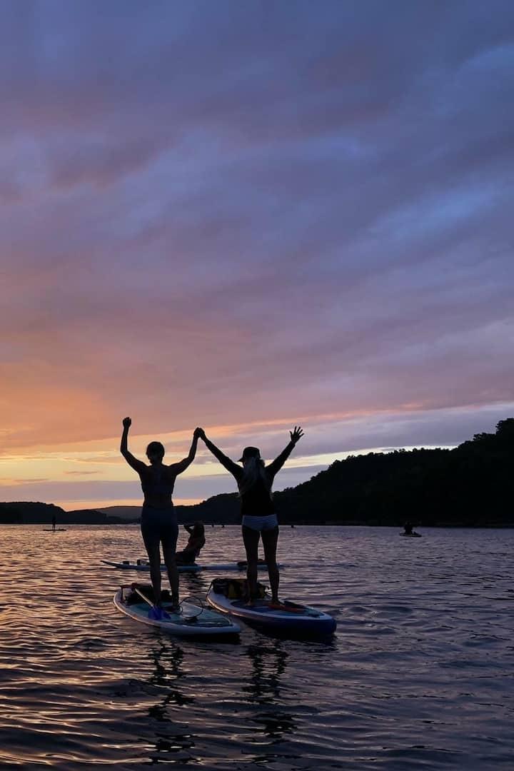 Sunset SUP Beaver Lake, Arkansas