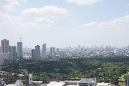 Cozy Loft in Ortigas w/ city views - Pasig - Loft