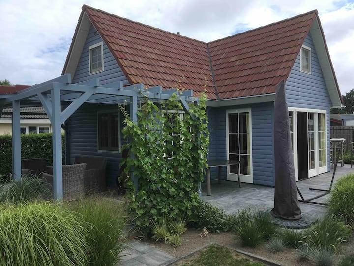 Vakantiehuisje in Ouddorp (aan zee)