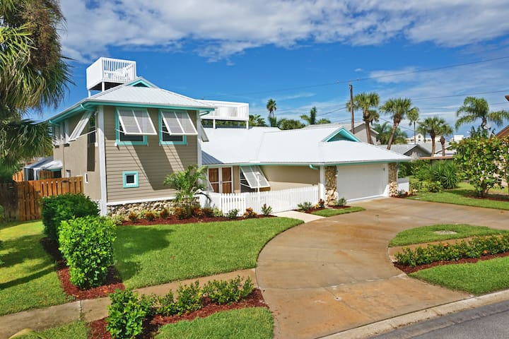 Luxury Cape Canaveral Beach House - Cape Canaveral - Hus