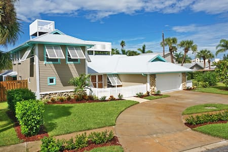 Luxury Cape Canaveral Beach House - Cape Canaveral