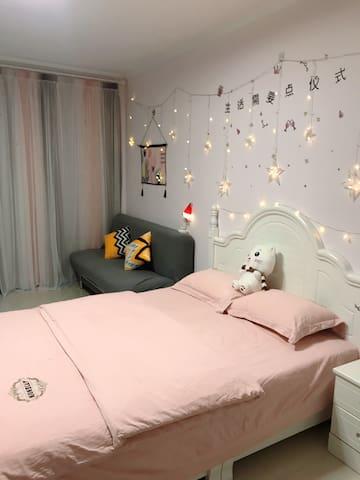粉色少女心大床房