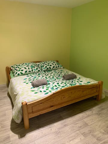 Comfortable room not far from the city centre