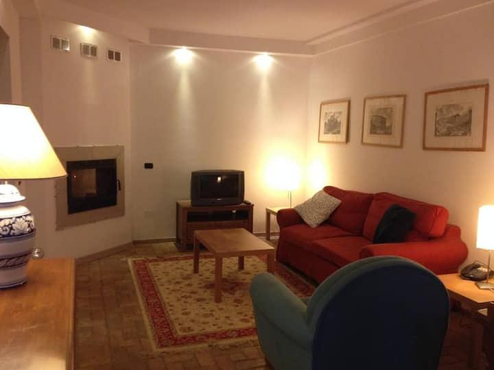 Apartment in villa, single floor