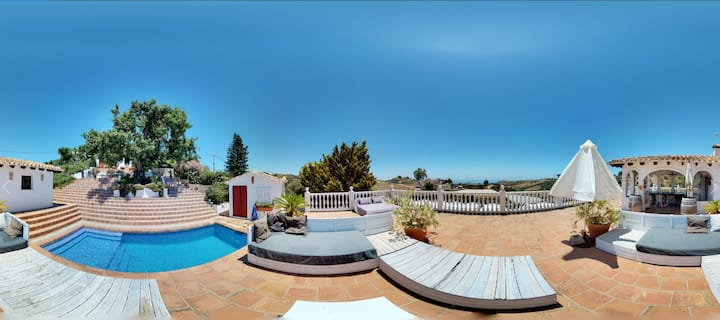 APT. IN FINCA WITH POOL & SEA VIEWS FOR DOG LOVERS