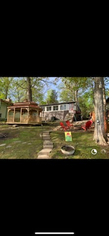 Lakefront Cottage in Princes, Lakes Indiana