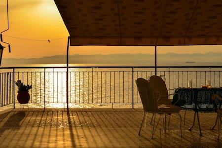 Absolute sea view home 1 - Mikri Mantineia