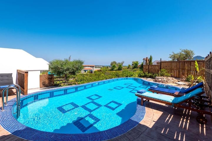 Maisonette with Private Pool, Kolymbia Village