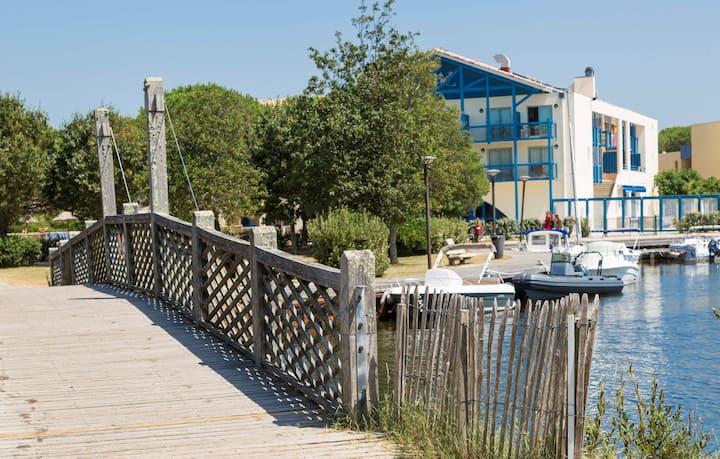 Appart Duplex à Lac Hourtin | Accès Piscine + Terrain de Pétanque