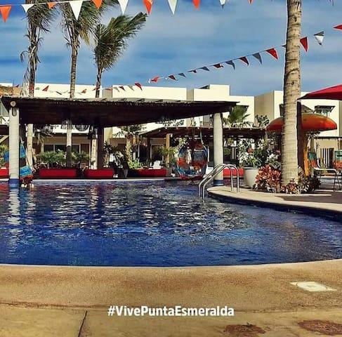 Casa PuntaEsmeralda2+Piscina a Lado+WiFi+Asador