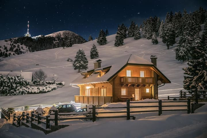Fabulous Alpine cabin Krvavec #12
