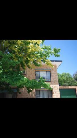 Perfect City Fringe Unit - Unley Park - Wohnung