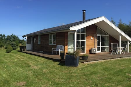 Lovely cozy cottage close to Aalborg in the nature