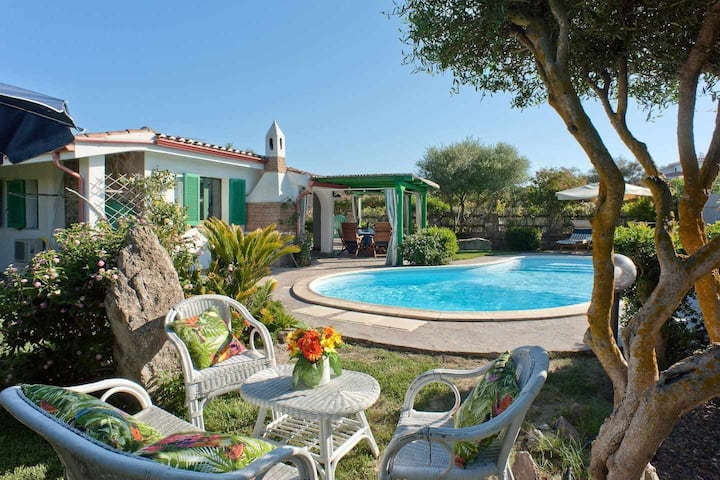 Casa de vacaciones con piscina a 150 metros del ma