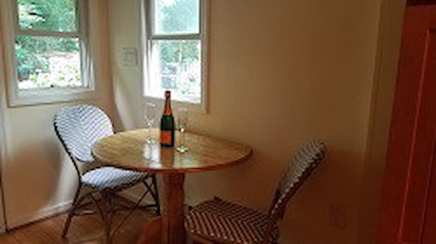 Monthly Furnished Rental in Historic Frederick