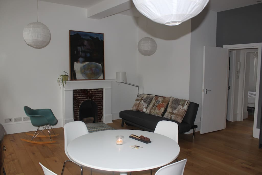 Dining table and sofa/sofabed