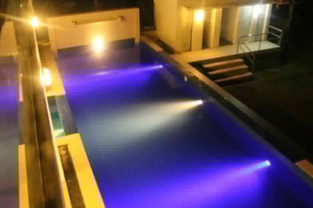 A vacation home with swimming pool. - House
