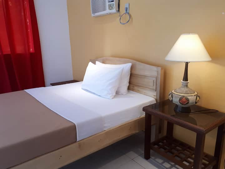 Charming Room for Two! Samal Island!☀️☀️☀️ Room-A