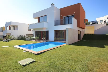 Obidos Lagoon Detached 3 Bed Villa. - Obidos