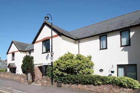 Holiday Cottage in Porlock Sleeps 4 - House
