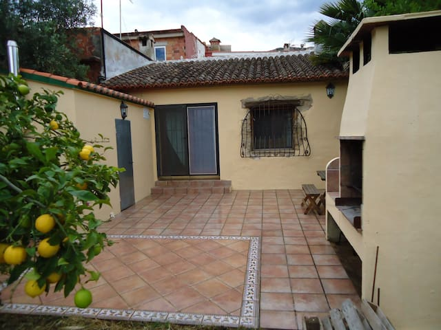 Wonderful, traditional Spanish Village House - Barx