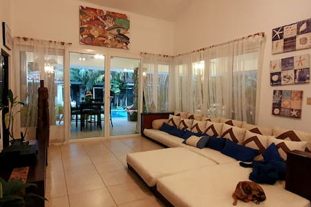 Renueva tus energías en Punta Barco Village