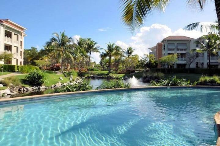 Luxury Pool front Villa in Palmas del Mar