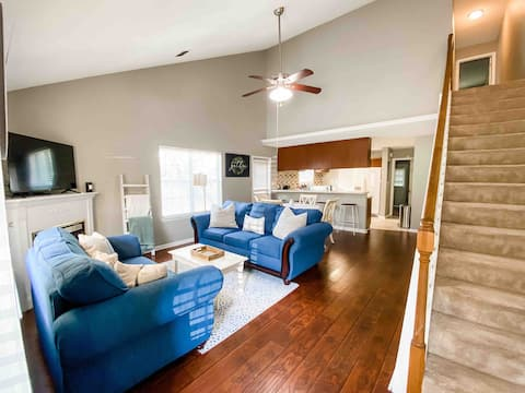 Cozy renovated home on a private road in Killearn