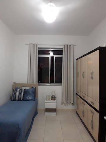 Apartamento - quarto individual