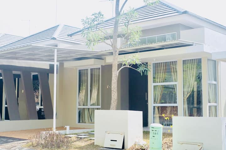 Cozy Home in the Heart of Batam City