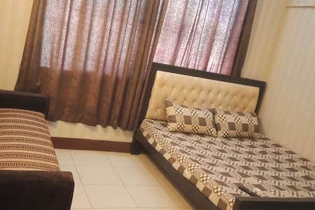 Convenient 1BHK apartment in Moon Market Lahore