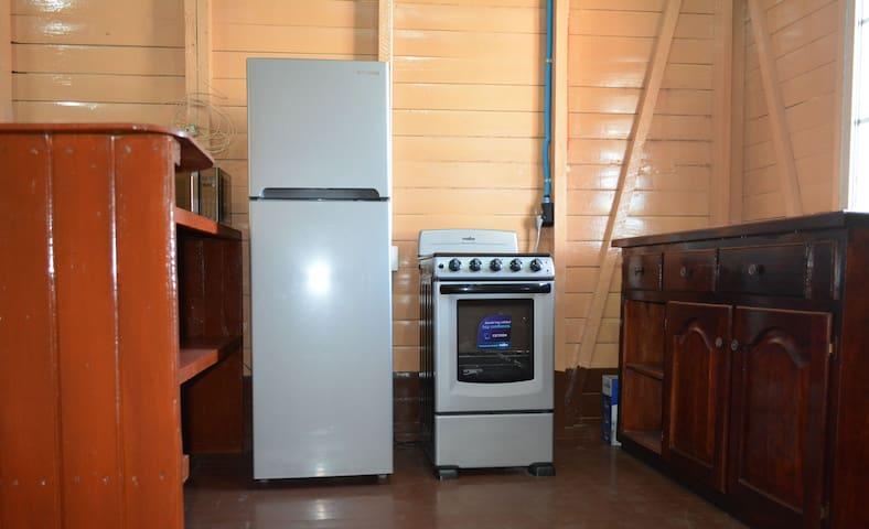 Apartamentos y Hostal RUDON