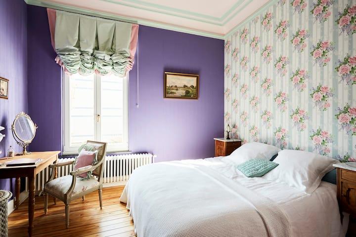 Room Anna Boch