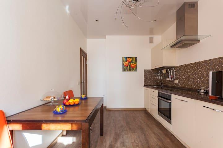 Стильные апартаменты люкс недалеко от Москвы