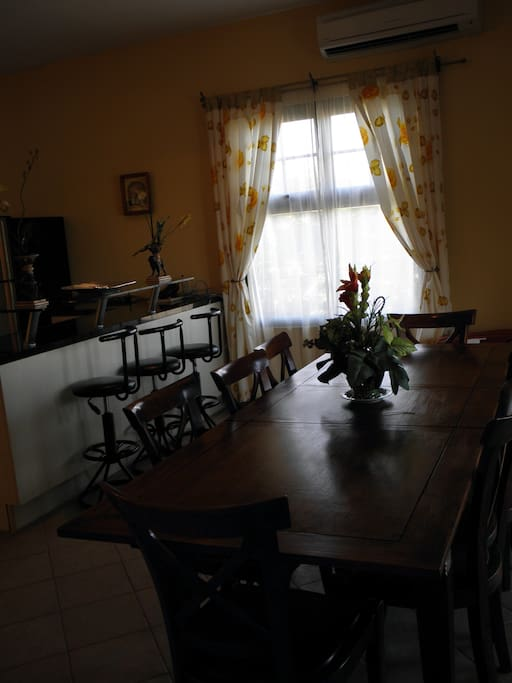 Spacious dining area adjacent to the kitchen