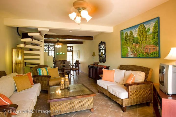 Cabarete Beach House/ for Families/Oceanview!