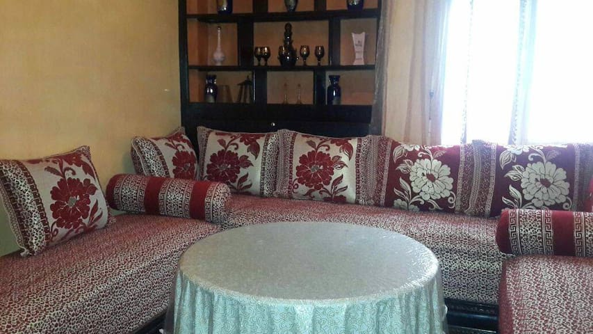MOROCCAN SOFA BY AIRPORT & CASA NEARSHORE - Casablanca - Appartement