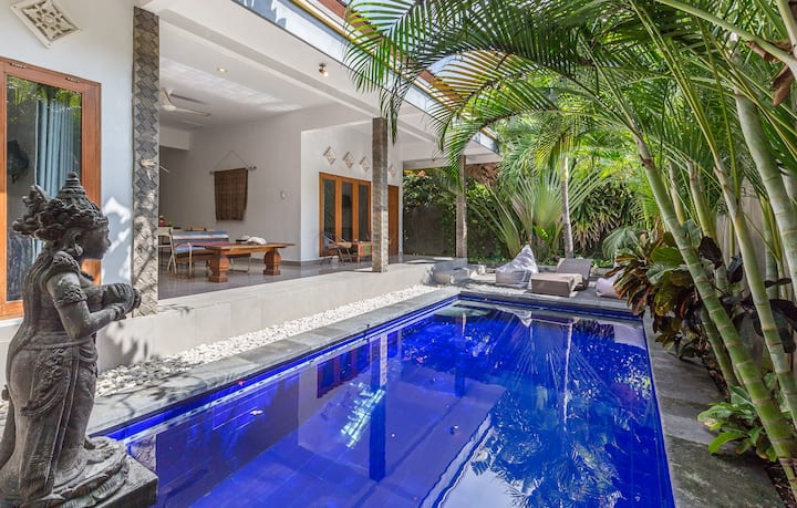 Charming Spacious Budget 2 bdr villa Oberoi #1
