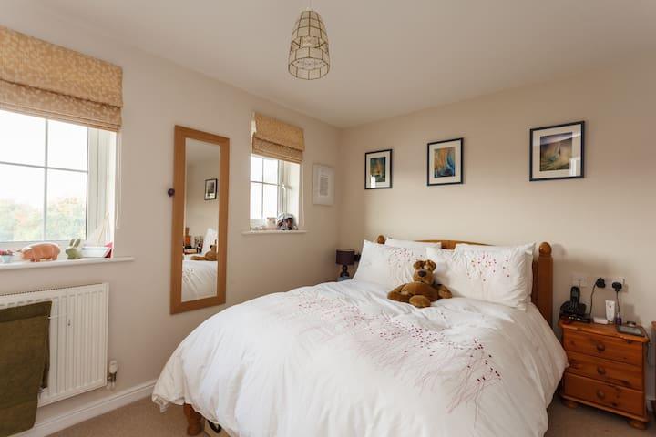Modern 2 bedroom maisonette - Hamble-le-Rice - House