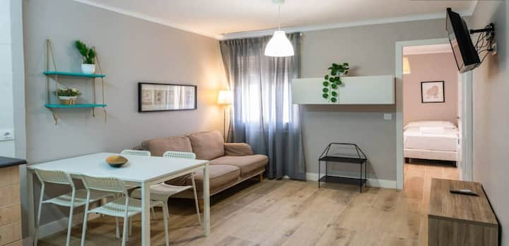 Quiet apartment with two rooms in  Guinardó