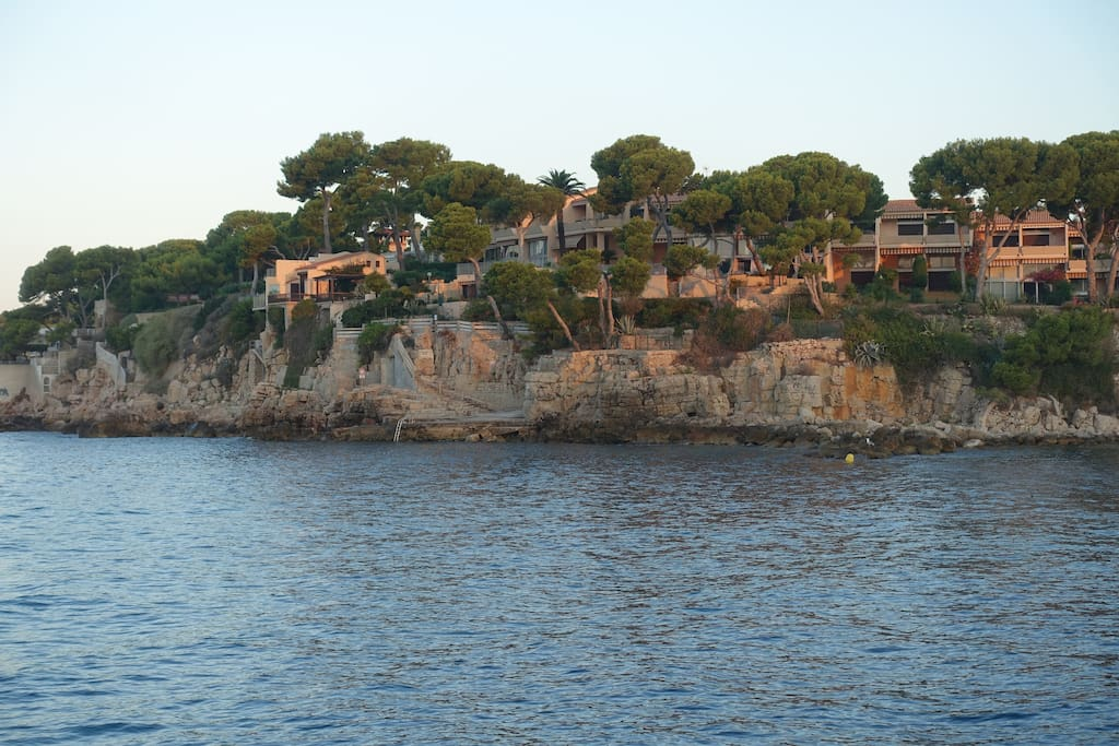 Residence from the water