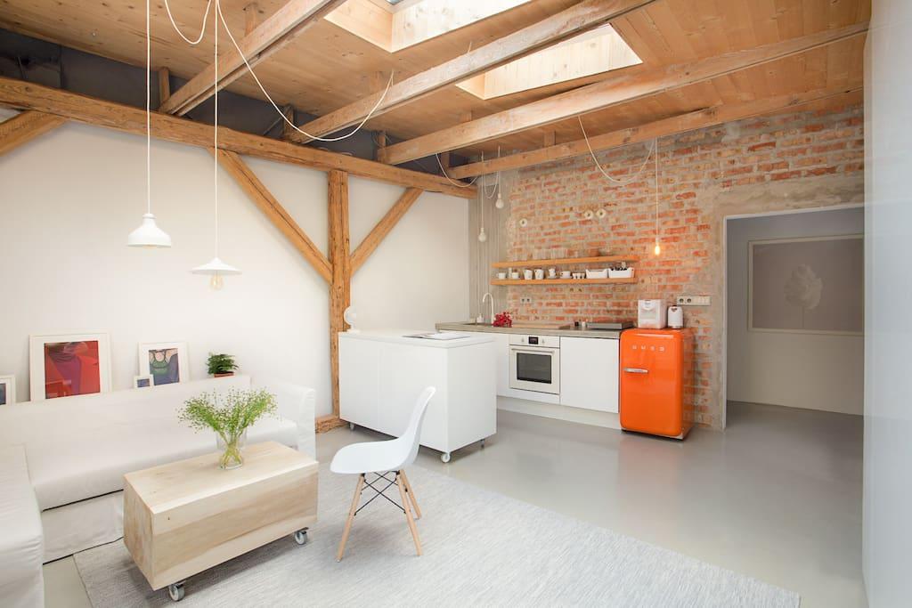 kitchen / living room / corridor